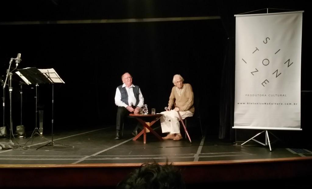 Edino Krieger e Gilberto Mendes conversam com a platéia do 2º FMCB